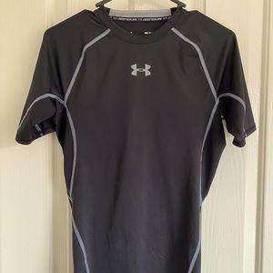 Under Armour Men Activewear short sleeve shirt